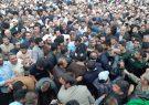 تشییع و تدفین مردی که همه برایش آمده بودند/آمیراحمد تقوی به خاک سپرده شد+تصاویر و فیلم